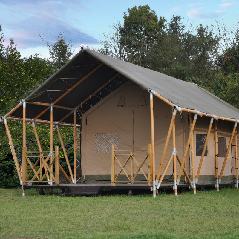 Hot Sale Factory Price Waterproof PVC şi Canvas Luxury Safari Glamping Tent pentru Camp